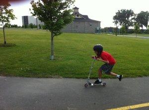 scoot fast